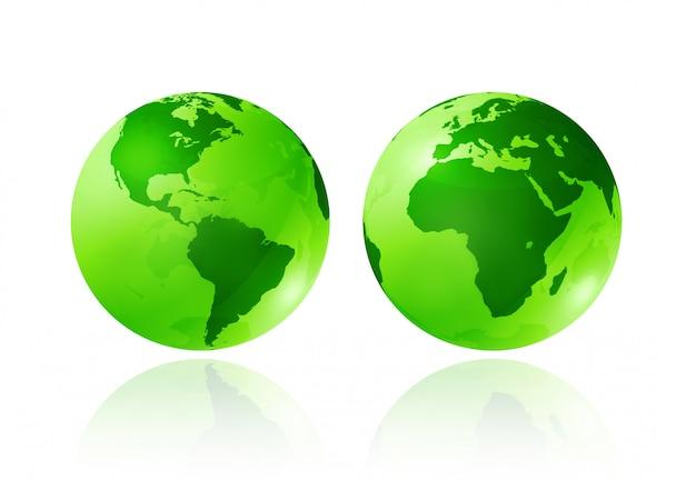 Zwei grüne transparente erdkugeln auf weißem hintergrund Premium Fotos