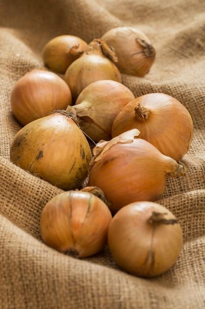 Zwiebeln auf decke Kostenlose Fotos