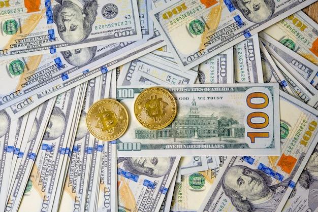 ドルのコンセプトコンセプトコンセプト100ドルの手形税金が並んでいます。 Premium写真