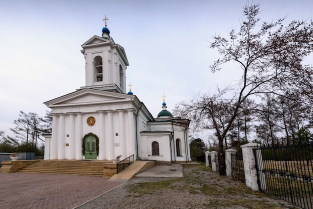 1820年から1835年に建てられた、エルサレムへの主の参入教会。 Premium写真