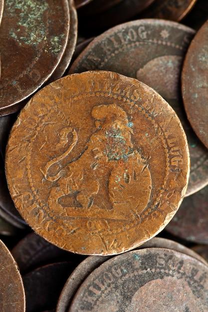 コインペセッタリアルオールドスペイン共和国1937通貨とセント Premium写真