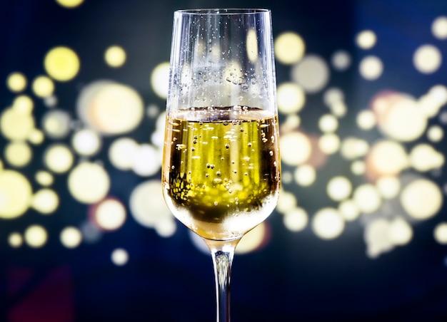 スパークリングワイン1杯 無料写真