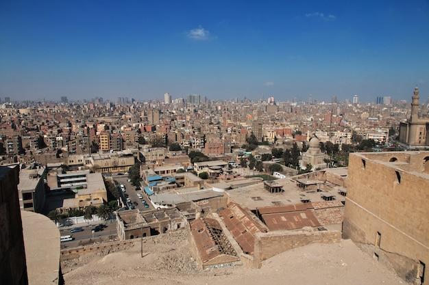 カイロ、エジプト-2017年3月5日。エジプト、カイロセンターの眺め Premium写真