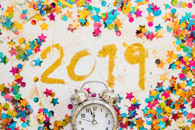 2019 inscription from sequins with spangles Free Photo