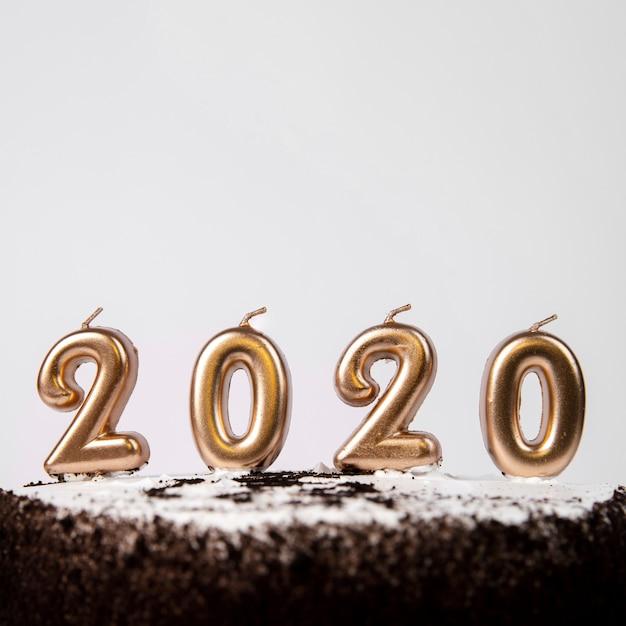 2020年の数字でクローズアップケーキ 無料写真