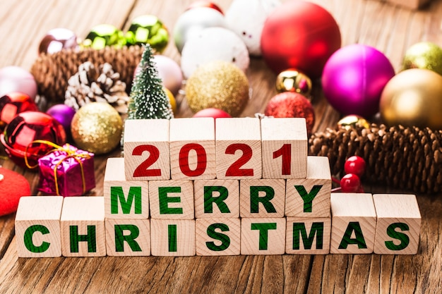 2021 merry christmas blocks with christmas ornaments Free Photo