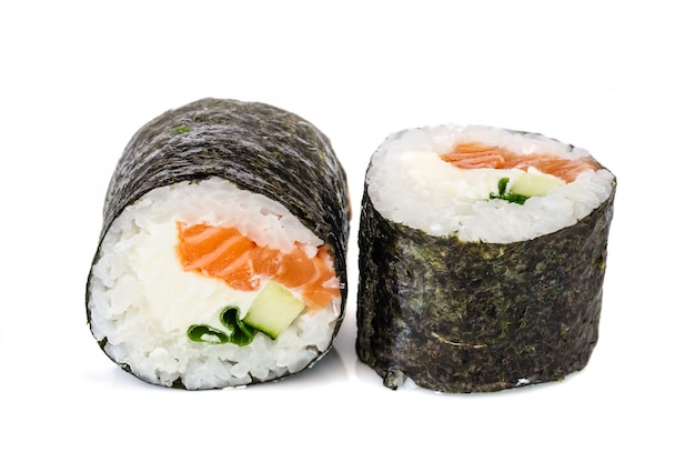 巻き寿司、白で隔離される2つのロール Premium写真