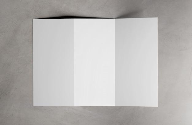 3つ折りパンフレット3 dレンダリング Premium写真