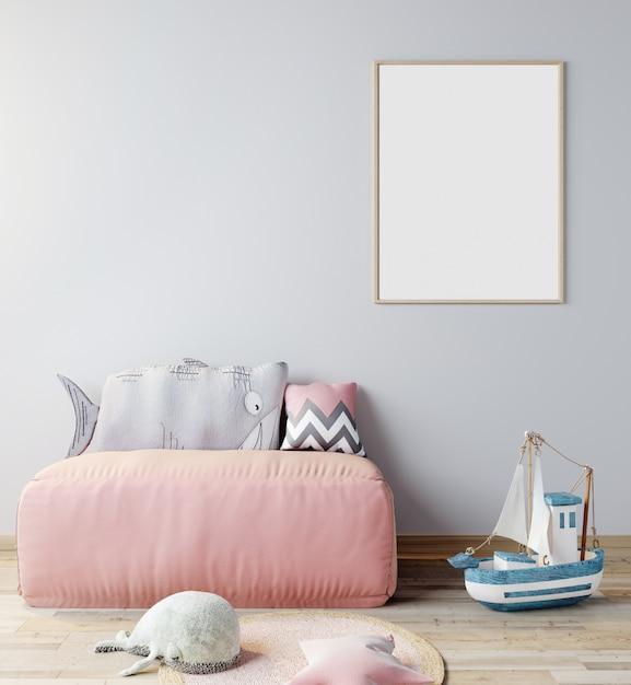 子供部屋のポスターフレームのモックアップ、ピンクのソファー、3 dレンダリング、3 dイラストと北欧スタイルのインテリアの背景 Premium写真