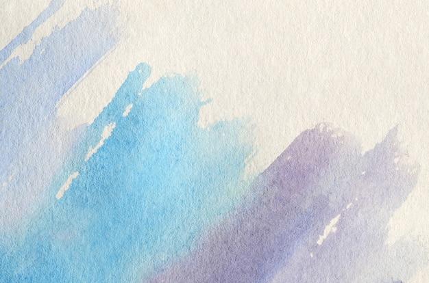 冷たい青と紫の色調で実行される3つの水彩ストロークの形で抽象的な背景イラスト Premium写真