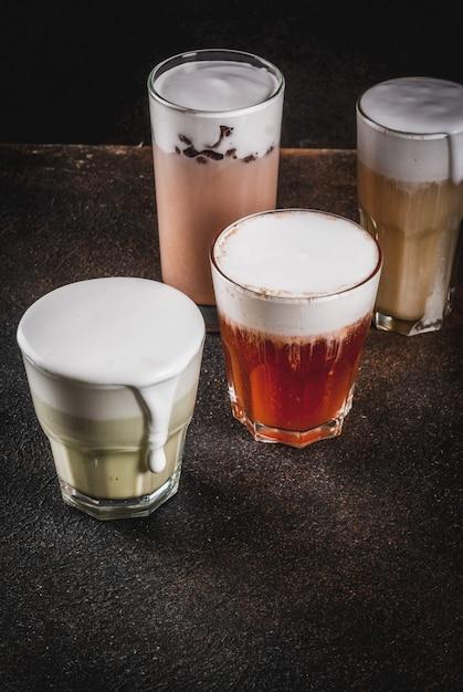 4 вида сырного чая со взбитыми сливками Premium Фотографии
