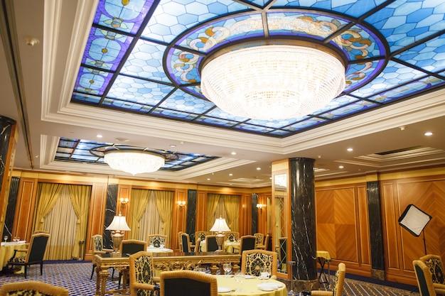 5つ星の高級ホテルのインテリア。 Premium写真