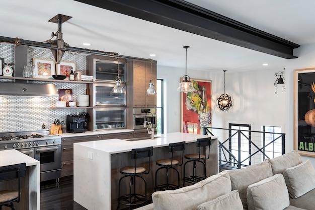 家の中の台所 Premium写真