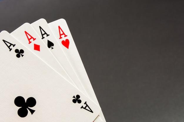 Сочетание игральных карт в покер казино Premium Фотографии