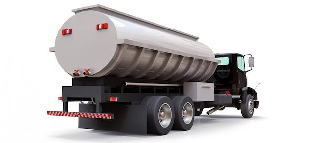 磨かれた金属のトレーラーと大型の黒いトラックタンカー Premium写真