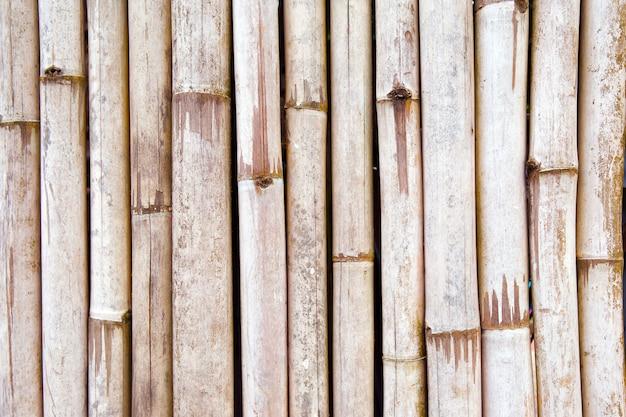茶色の竹の木の背景。 Premium写真