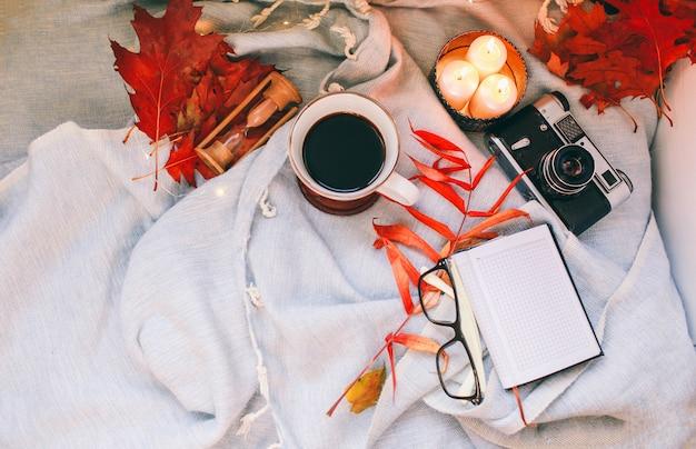 Осень и праздник концепции. плоская планировка Premium Фотографии