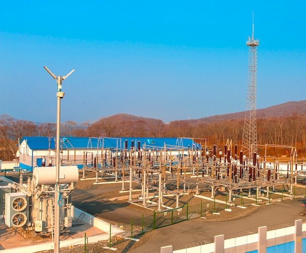高電圧電力変電所 Premium写真