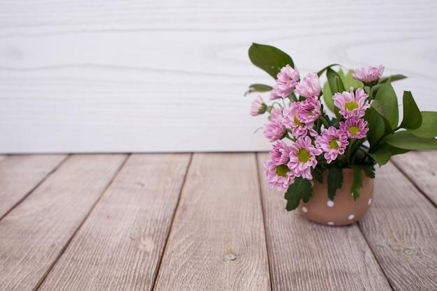 ピンクの花 Premium写真