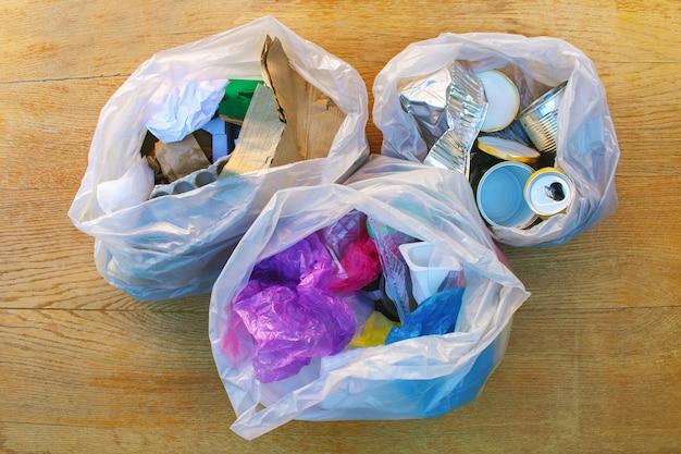 ゴミ袋 Premium写真