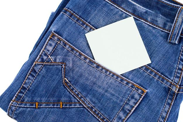 Синий джинсовый карман с пустой этикеткой Premium Фотографии