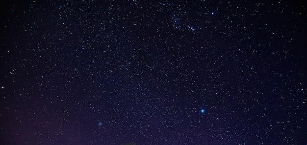 夜の星の背景 Premium写真