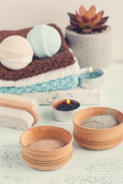 バスボムとモロッコ粘土粉 Premium写真