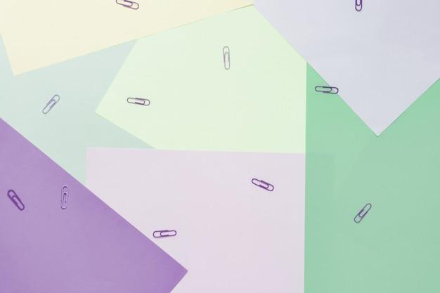 クリップとテキストのための場所で異なる色とりどりのパステル背景を抽象化します。 Premium写真