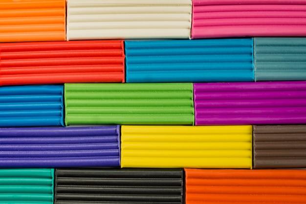 Радужные цвета лепки из глины Premium Фотографии