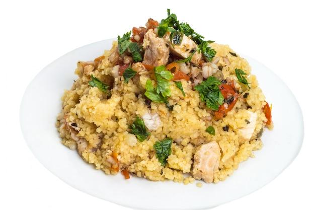 メカジキとクスクス穀物料理 Premium写真
