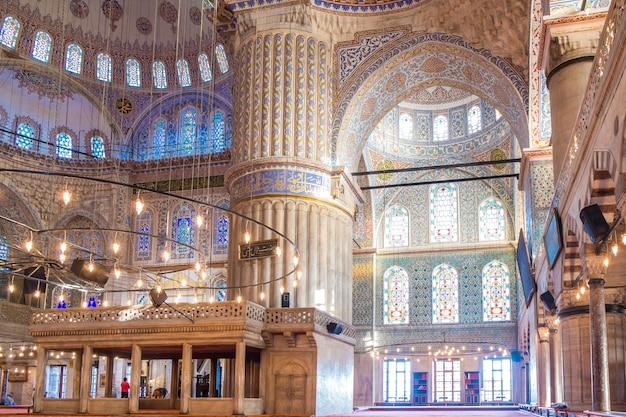 イスタンブールブルーモスク Premium写真
