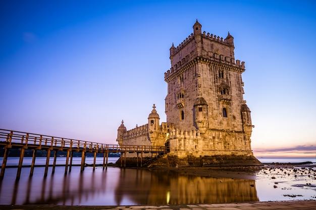 リスボンのベレンの塔 Premium写真
