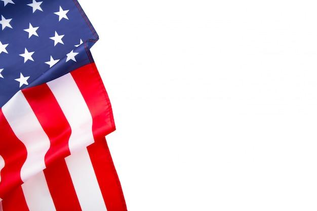 Американский флаг на белом фоне с копией пространства Premium Фотографии