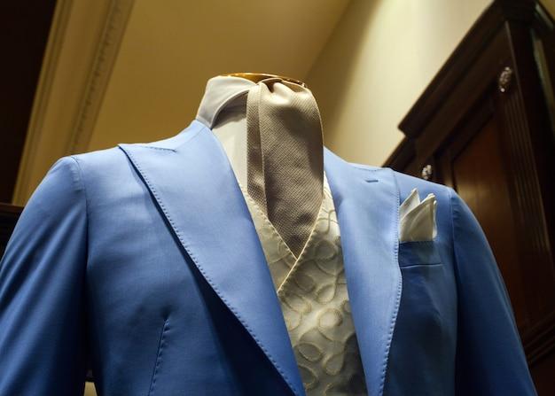 男性スーツ Premium写真