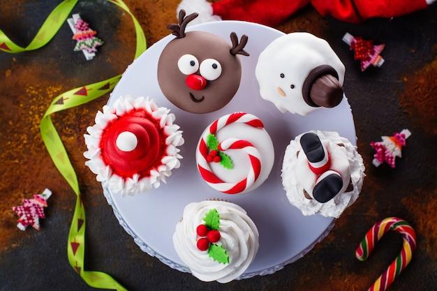 Набор рождественских кексов Premium Фотографии