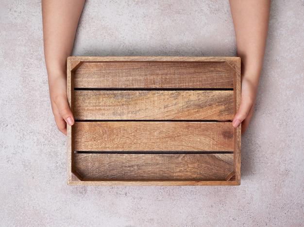 空の木製トレイ Premium写真