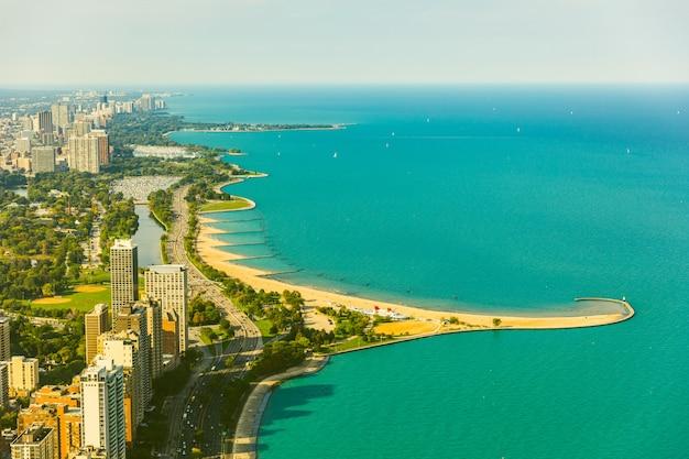 シカゴ湖畔空撮、トーンのイメージ Premium写真