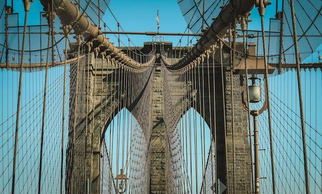 ニューヨーク市ブルックリン橋 Premium写真