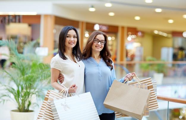 ショッピングの友達 無料写真