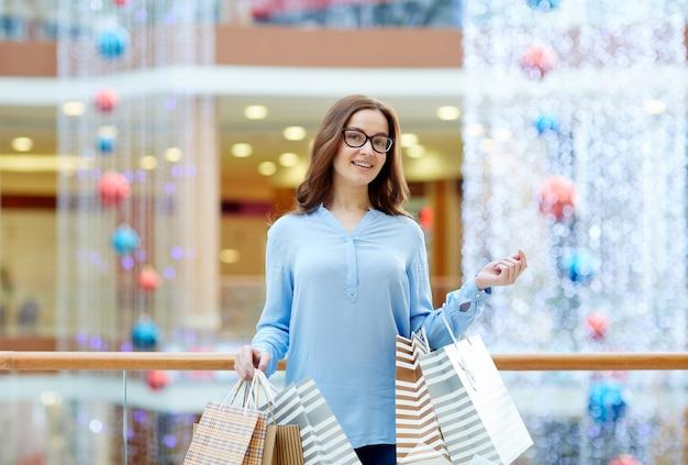 陽気な買い物客 無料写真