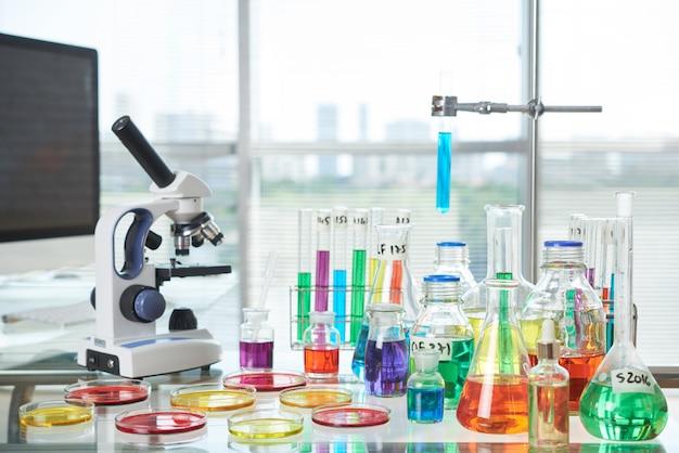 現代の実験室のインテリア 無料写真