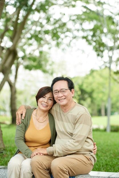 まだ愛のカップル 無料写真