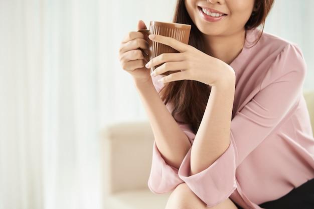 お茶を飲むこと 無料写真