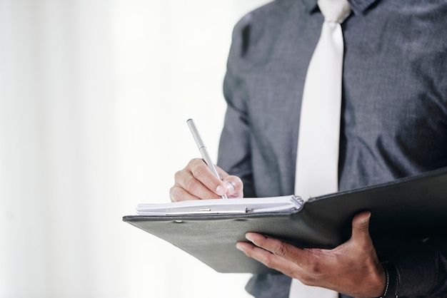 ビジネス契約に署名する 無料写真