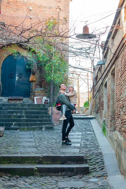 グルジア国トビリシ市の旧市街 Premium写真