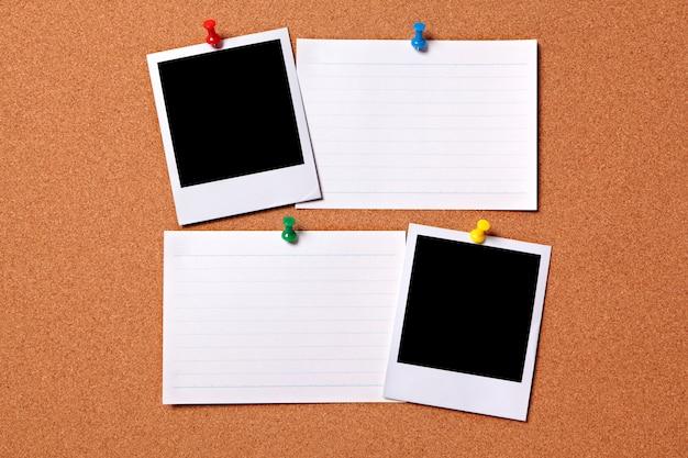空白のポラロイド写真プリントやオフィスインデックスカード 無料写真
