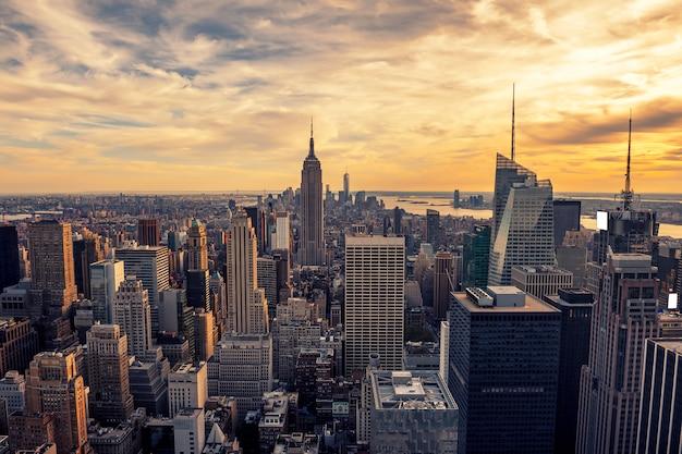 マンハッタンの夕日 Premium写真