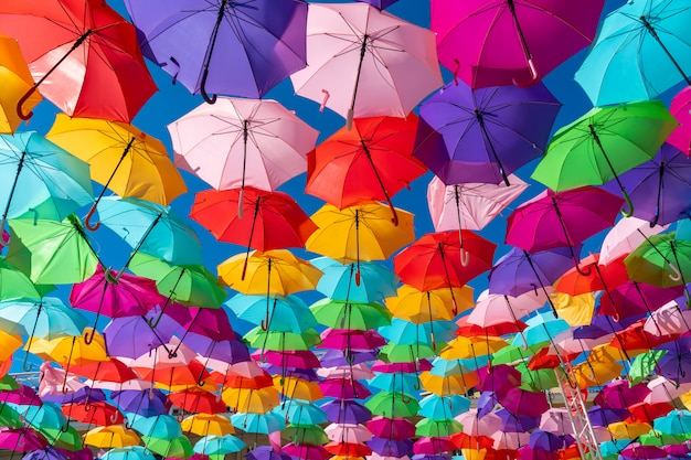 Красочный фон зонтики Premium Фотографии
