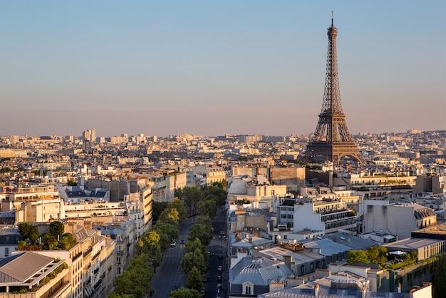 フランスのパリの眺め Premium写真