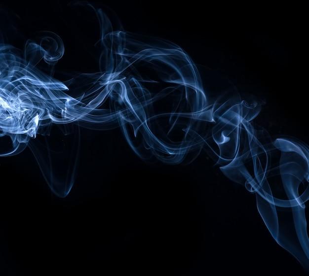 Белая коллекция дыма на черном фоне Бесплатные Фотографии